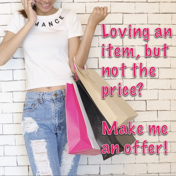 🎉🛍🥰 Reasonable offers accepted! 😉